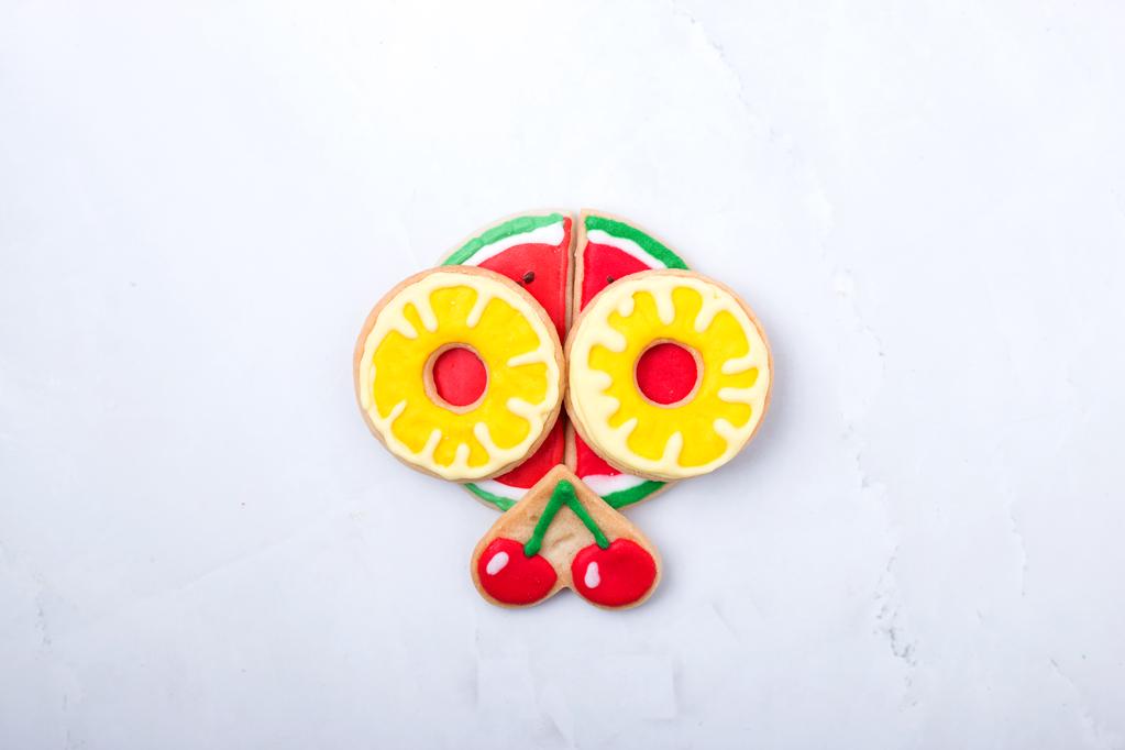cookies fruits royal icin6