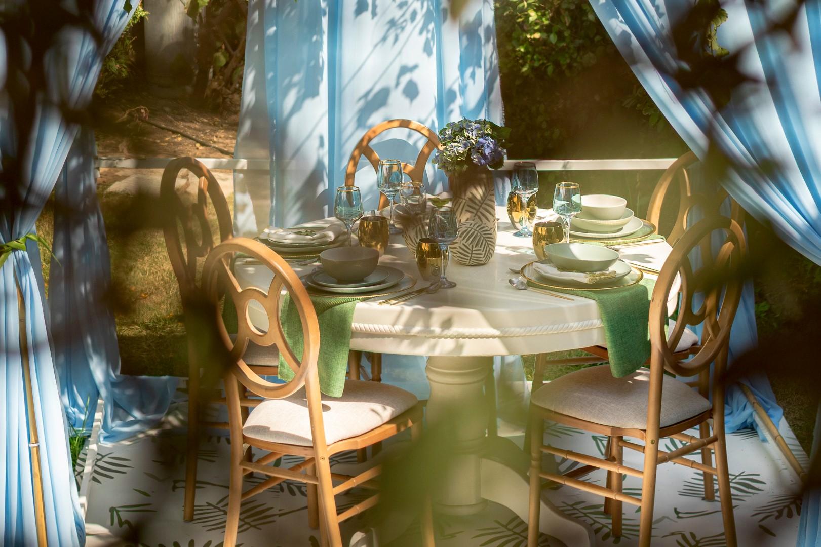 חוגגים סוכות- עיצוב סוכה ועריכת שולחן חג